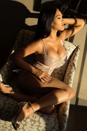 Natasha happy ending massage, escort