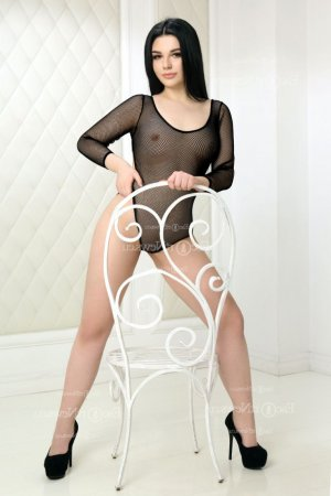 Emalia tantra massage in Lexington Park