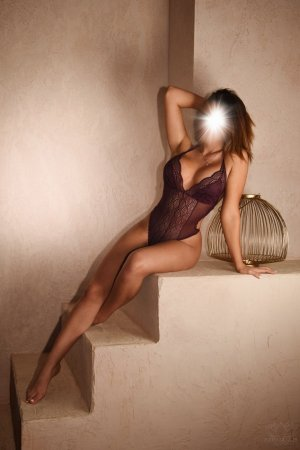 Giulietta tantra massage and escort