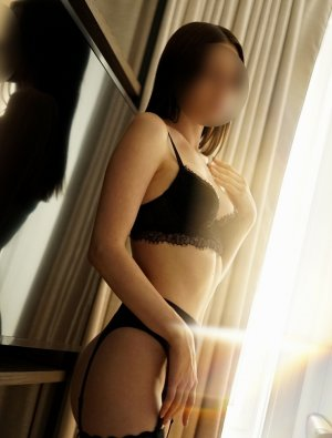 Genaelle escort girl in Jenks, tantra massage